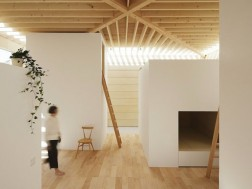 Light wall house by mA-style Architects