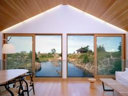 Lake Huron house by MOS