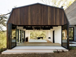 Oak Pass Guest House by Walker Workshop