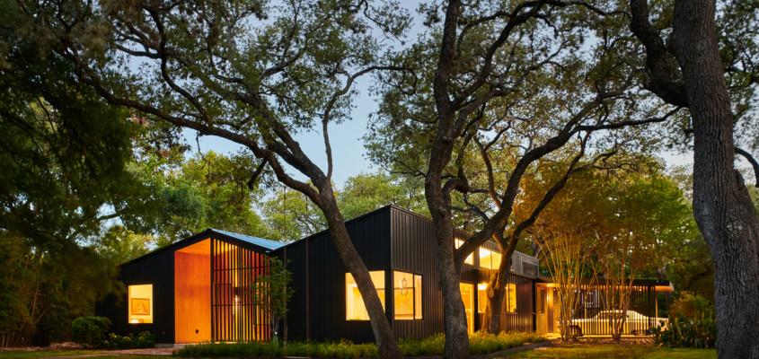 Family heirlooms & mid-century gems – Texas